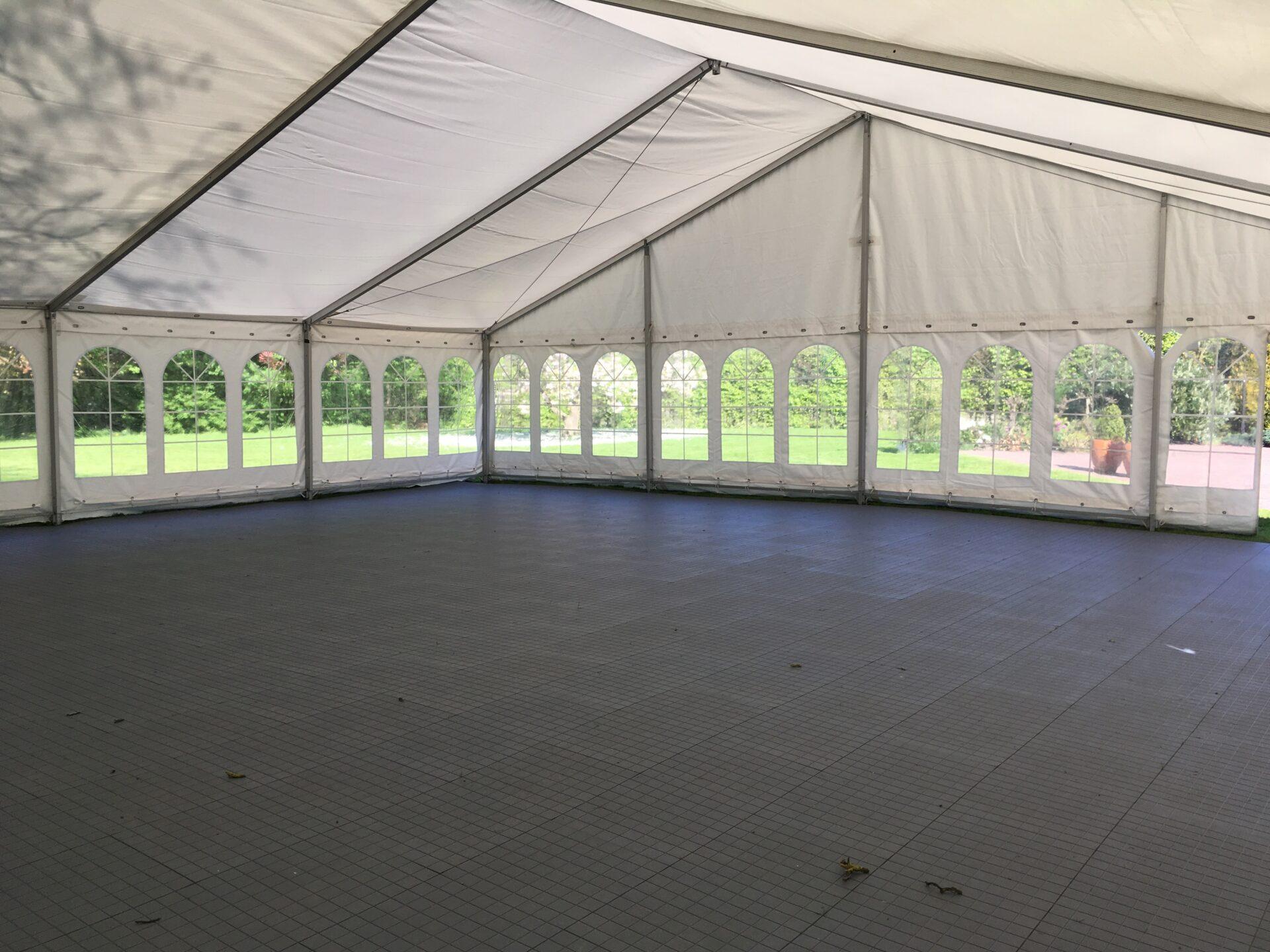 Udlejning af gulve til alle telte | Jysk Festudlejning